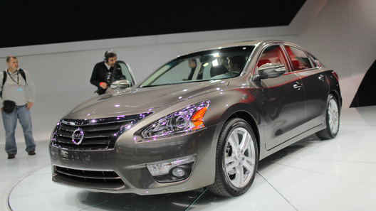 Nissan Altima будет стоить в США от 21 500 долларов