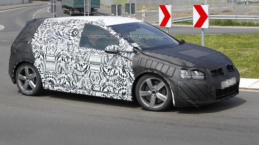 Новый VW Golf GTI получит 260-сильный двигатель