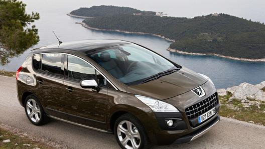 Peugeot начинает продажи микрогибридного кроссовера 3008 e-HDi