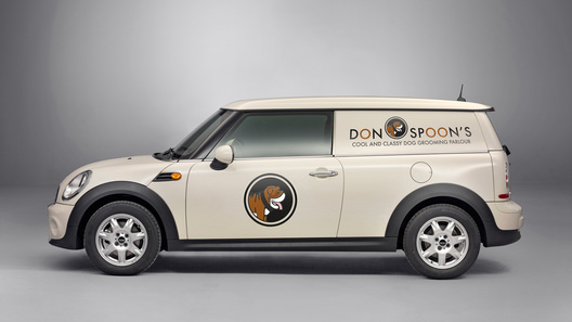В России начались продажи Mini Clubvan