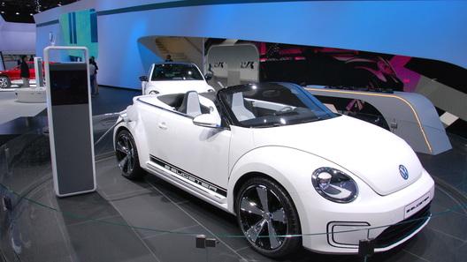 Концепт Volkswagen E-Bugster покорил Московский автосалон