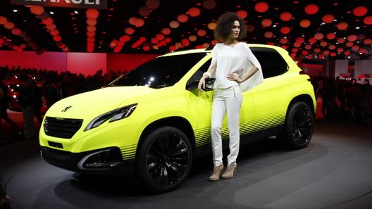 Peugeot анонсировал компактный кроссовер концептом 2008