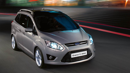 Ford прекратил поставки Grand C-MAX в Россию
