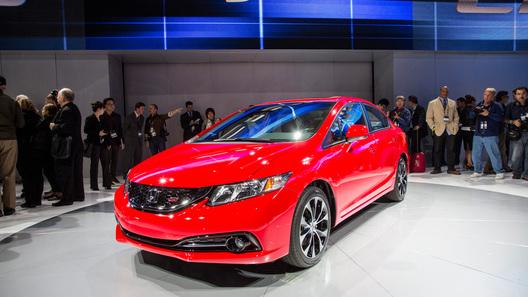 Honda представила Civic, обновленный вне графика