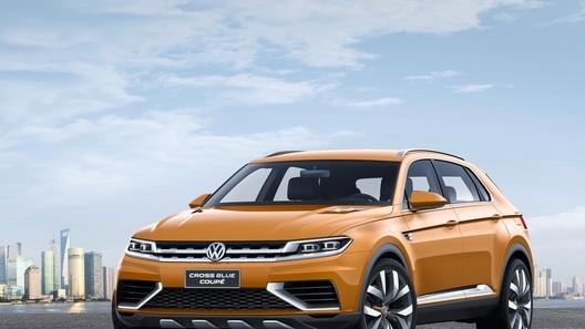 Концепту Volkswagen CrossBlue слегка