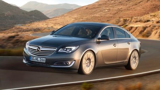 Opel рассказал о комплектациях обновленной модели Insignia