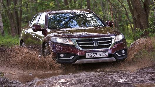 Проверяем на прочность новый Honda Crosstour