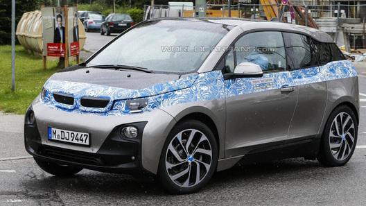 Серийный BMW i3 попался фотошпионам