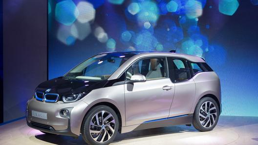 Первый электромобиль BMW официально представлен публике