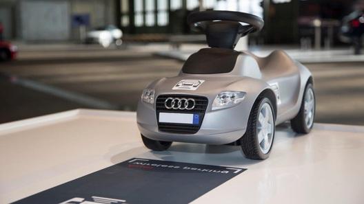 Топчемся на распутье прогресса вместе с эко-автомобилями Audi
