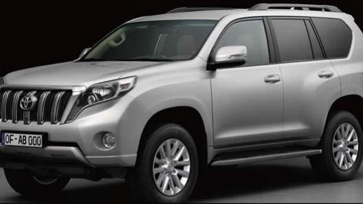 Первые фото обновленного Toyota Land Cruiser Prado