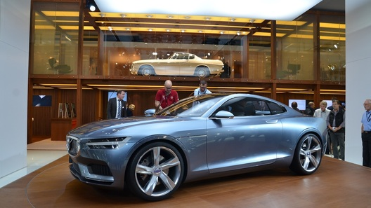 Купе Volvo с новым мотором намекает на будущий внедорожник