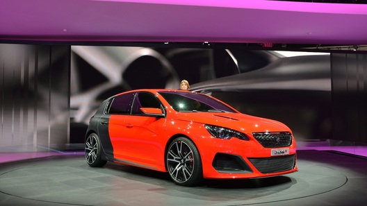 В модельном ряду Peugeot станет одной мощной машиной больше