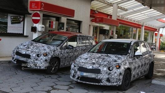 Фотошпионы засекли прототипы компактвэнов BMW