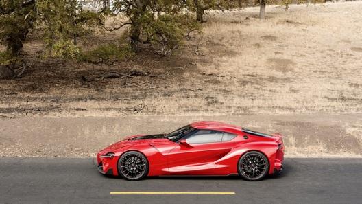 Новая Toyota Supra станет полноприводным гибридом