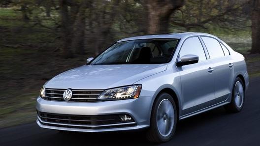 Volkswagen привезет в Нью-Йорк обновленную Jetta и концептуальный универсал