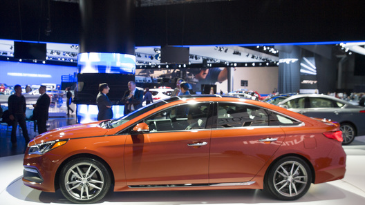Hyundai представил Sonata  для Европы и Америки