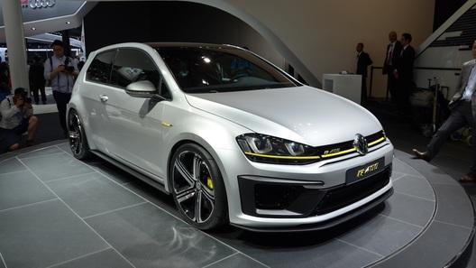 400-сильный VW Golf все же встанет на конвейер