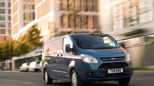 В России появился новый Ford Transit Custom за 1,3 млн рублей