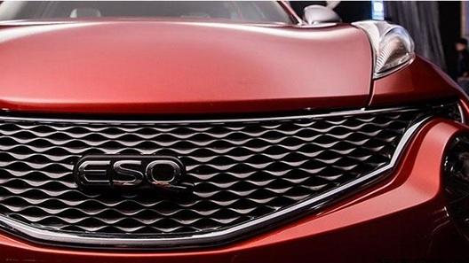 Появились первые фото кроссовера Infiniti на базе Nissan Juke