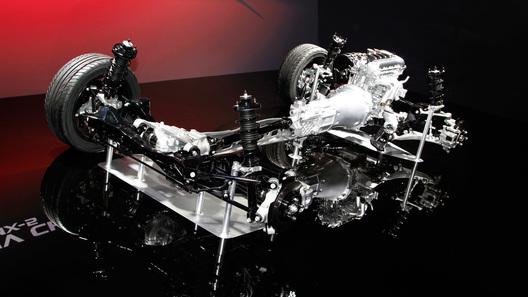 Mazda показывает новую MX-5 по кусочкам