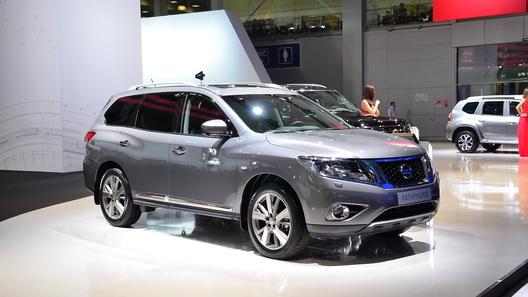 Nissan начинает российские продажи нового Pathfinder