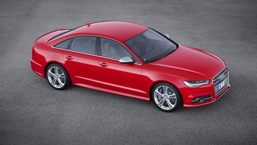 Audi A6 после рестайлинга стала мощнее и чище