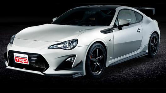 Toyota начала продажи особой версии купе GT 86