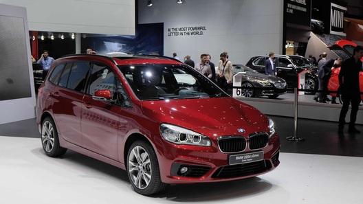 BMW добавила компактвэну практичности и спортивности