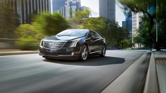 Гибридному Cadillac ELR добавили скорости и электричества