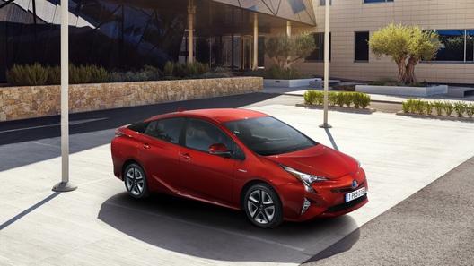 Toyota показала новое поколение культового