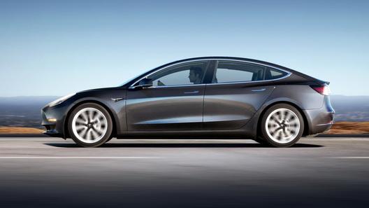 Электрокар Tesla Model 3 можно будет купить через