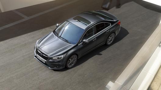 В России стартовали продажи полноприводного седана Subaru