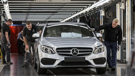 Мерседес Бенс Cars собирается расширять собственный завод вЮАР