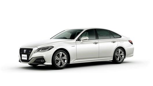 Названы цены на новую Toyota Crown