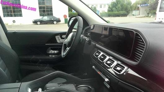 Вот как будет выглядеть интерьер нового Mercedes-Benz GLE