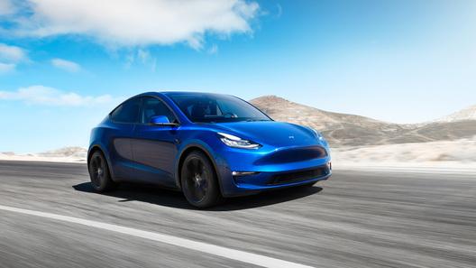 Кроссовер Tesla Model Y: покров тайны сорван, цены озвучены