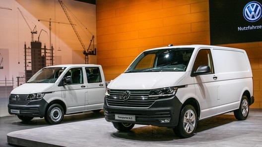 Официально представлен обновленный Volkswagen Transporter 6.1