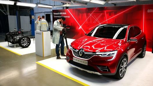 Турбо, LED и барабаны: вся подноготная Renault Arkana для России!