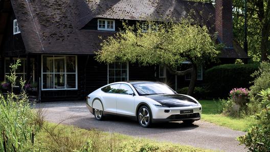 Lightyear One - электромобиль с огромным и бесплатным пробегом
