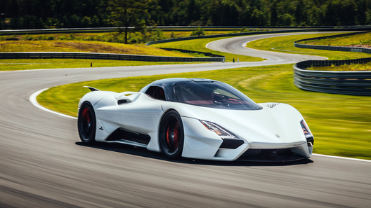 Чудовища клуба 1000+ или Самые мощные автомобили в мире
