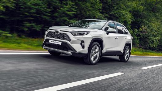 Toyota прекращает производство RAV4 в России. Ждем новый!