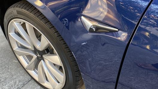 Новая прошивка Tesla уже приводит к авариям?