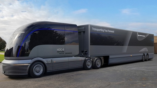 Hyundai показала водородный тягач будущего, похожий на поезд из прошлого
