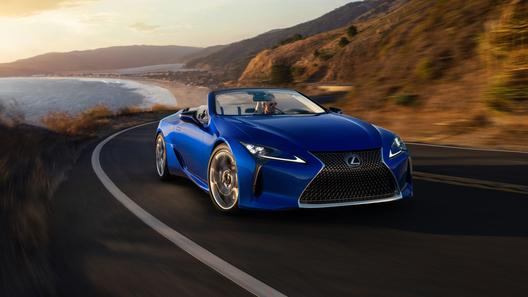 Представлен очень красивый кабриолет марки Lexus