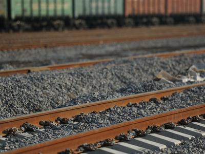 Начальник станции украл километр железной дороги