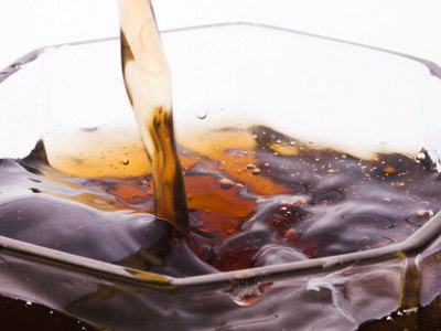 Правительство временно отложило введение акциза на сладкую газировку
