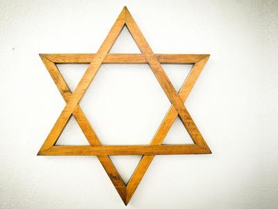 Синагогу XIX века в центре Симферополя передадут еврейской общине