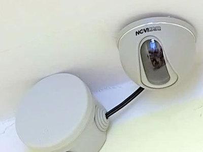 Лондонский вуайерист устанавливает скрытые камеры в туалетах кофеен
