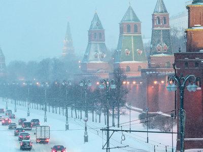 На смену крепким морозам в центральные регионы России пришли сильные снегопады